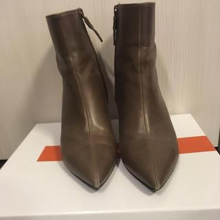 ドゥーズィエムクラス(DEUXIEME CLASSE)の【イタリア製・本革】ペレテルノ グレージュ ショートブーツ 23cm(ブーツ)
