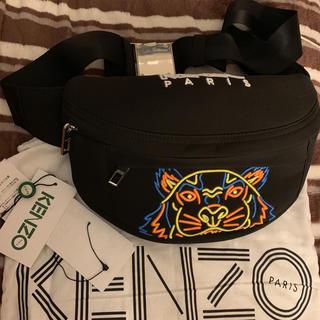 ケンゾー(KENZO)のKENZO タイガー ボディーバッグ 刺繍(ボディーバッグ)