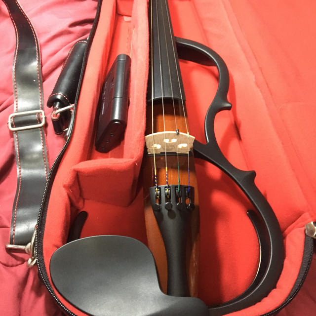 ヤマハ(ヤマハ)の【新品同様】YAMAHA サイレントヴァイオリンSV150 楽器の弦楽器(ヴァイオリン)の商品写真