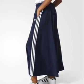 アディダス(adidas)のアディダスオリジナルス ネイビーロングスカート S アディダス(ロングスカート)