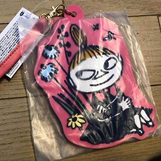 リトルミー(Little Me)の【新品】MOOMIN・ミーICカードパスケース(パスケース/IDカードホルダー)