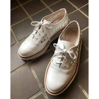 ザラ(ZARA)の美品♡ザラ ホワイトシューズ(ローファー/革靴)