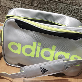 アディダス(adidas)のアディダス adidas エナメルバッグ スポーツバッグ(ショルダーバッグ)