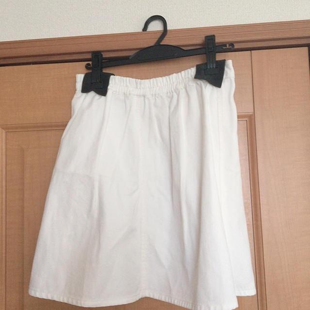 THE EMPORIUM(ジエンポリアム)のフレアスカート レディースのスカート(ひざ丈スカート)の商品写真