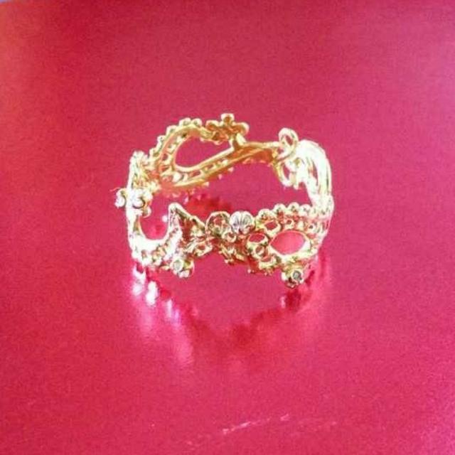 KAORU(カオル)のibukino663様専用   KAORU K18 ダイヤモンドスワトウリング レディースのアクセサリー(リング(指輪))の商品写真