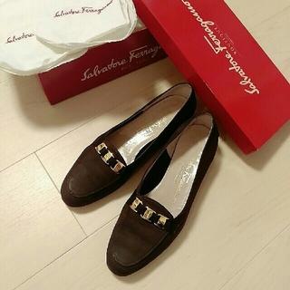 サルヴァトーレフェラガモ(Salvatore Ferragamo)のフェラガモ 靴 パンプス バレエシューズ(ハイヒール/パンプス)