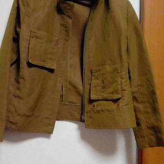 お洒落デザインジャケット(ノーカラージャケット)