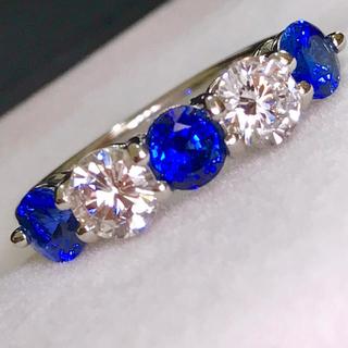 🌹【綺麗】絶品♡青と白♡大粒ブルーサファイア&ダイヤリング(リング(指輪))