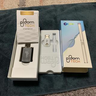 プルームテック(PloomTECH)のplumeTECH箱と充電器(バッテリー/充電器)