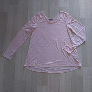 ジーユー(GU)のg.u. うす ピンク 長袖 Tシャツ M シンプル 軽い スポーツ にも GU(Tシャツ(長袖/七分))