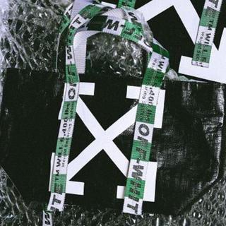 オフホワイト(OFF-WHITE)の本物 ★ off-white オフホワイト 限定 トート tシャツ バックパック(トートバッグ)