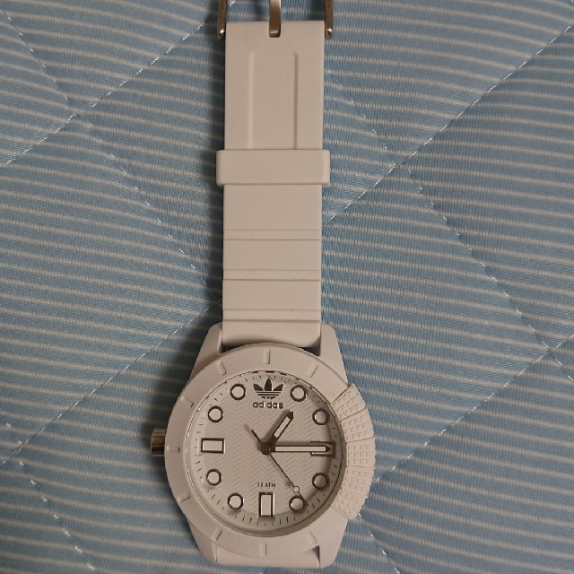 adidas(アディダス)のアディダス 腕時計 白 レディースのファッション小物(腕時計)の商品写真