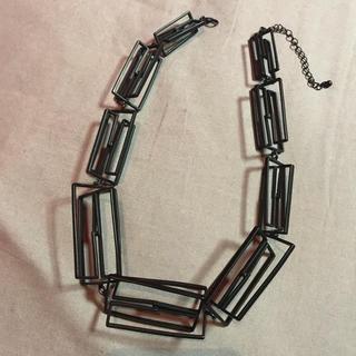 トーガ(TOGA)のネックレス ブラック モード シンプル ゴージャス カッコいい 黒(ネックレス)