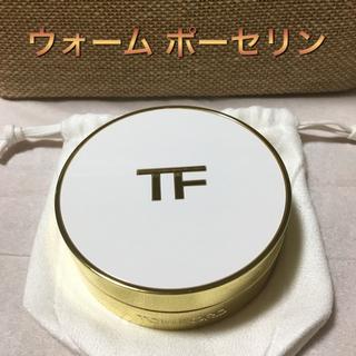 トムフォード(TOM FORD)のソレイユ グロウ トーン アップ ファンデーション  クッション コンパクト(ファンデーション)
