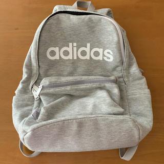 アディダス(adidas)のadidas リュック  グレー(リュック/バックパック)