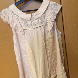 ミスティウーマン(mysty woman)の袖フリルトップス(Tシャツ(半袖/袖なし))