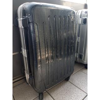 グリフィン(GRIFFIN)のスーツケース(国際線受託標準サイズ)黒色(トラベルバッグ/スーツケース)