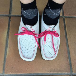 クラークス(Clarks)のクラークス ホワイトシューズ (ローファー/革靴)