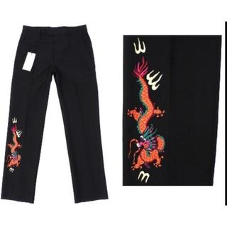 Gucci - 18万新品◆46◆GUCCI グッチ ブラックドラゴン刺繍パンツ ミケーレ