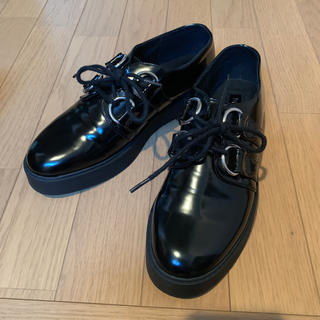 フォーエバートゥエンティーワン(FOREVER 21)の靴(ローファー/革靴)