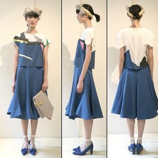 アッシュペーフランス(H.P.FRANCE)のPetit Costume プチコスチューム スカート ブルー ミモレ丈(ひざ丈スカート)