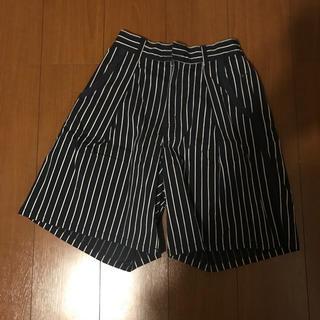 ダブルネーム(DOUBLE NAME)の膝丈パンツ(カジュアルパンツ)