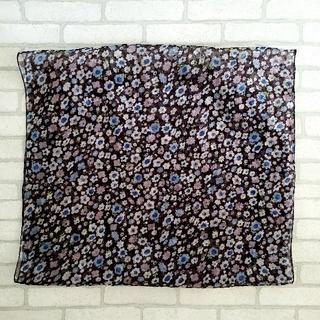 シェル(Cher)のシェルシェール CHERCHEUR 花柄 シルク ストール スカーフ(バンダナ/スカーフ)