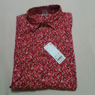 ユニクロ(UNIQLO)の新品タグ付き★ユニクロ 半袖プリントシャツ(シャツ)