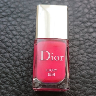 クリスチャンディオール(Christian Dior)の美品☆クリスチャン・ディオール☆ディオールヴェルニ(マニキュア)