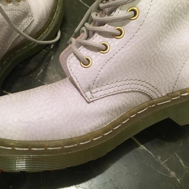 Dr.Martens(ドクターマーチン)のドクターマーチン 8ホールブーツ パステルパープル 23.5cm 24cm 38 レディースの靴/シューズ(ブーツ)の商品写真