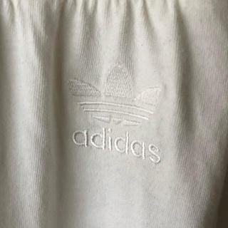 アディダス(adidas)のadidas Originals アディダスオリジナルス M 白ボタンスウェット(ハーフパンツ)