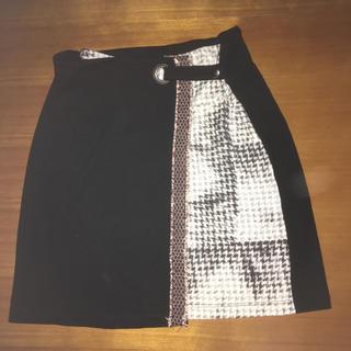 デシグアル(DESIGUAL)のスカート(ひざ丈スカート)