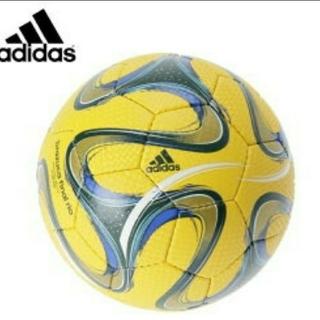 アディダス(adidas)のアディダス サッカーボール 5号球 検定球 ブラズーカ  adidas【箱付】(ボール)