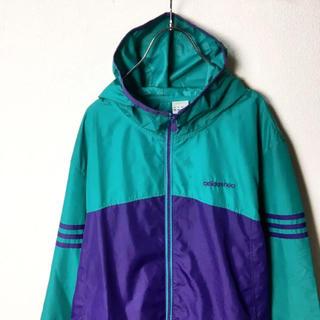 アディダス(adidas)のナイスカラー! adidas ナイロンジャケット パーカー ロゴ 緑 紫 O(ナイロンジャケット)