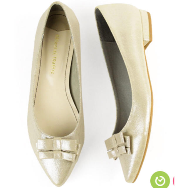 ORiental TRaffic(オリエンタルトラフィック)の新品✨ゴールドリボン付きフラットパンプス レディースの靴/シューズ(ハイヒール/パンプス)の商品写真