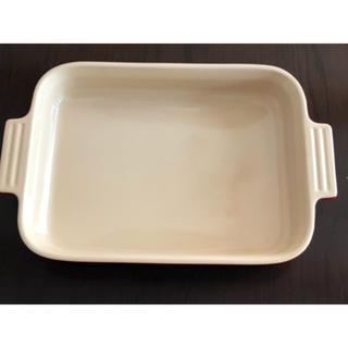 ルクルーゼ(LE CREUSET)の【新品】ル・クルーゼ スクエア レクタンギュラーディッシュ グラタン皿 大(食器)