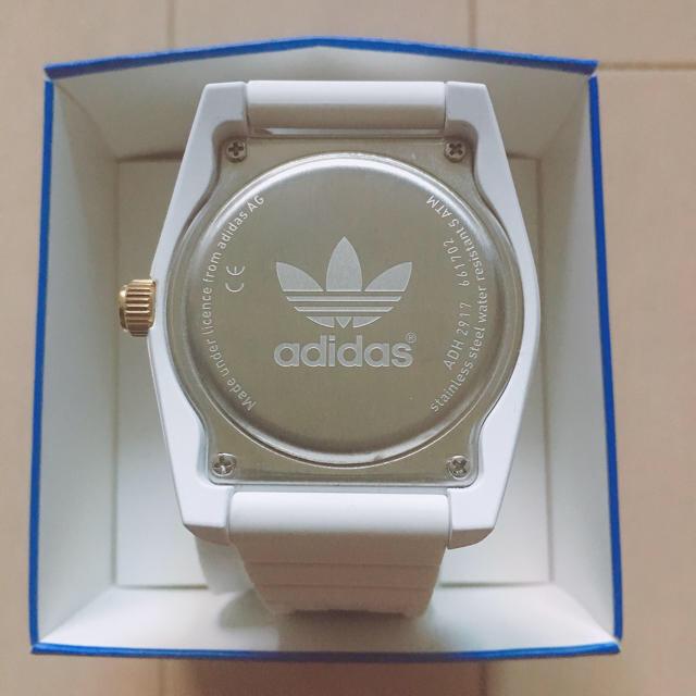 adidas(アディダス)のadidas ホワイトウォッチ レディースのファッション小物(腕時計)の商品写真