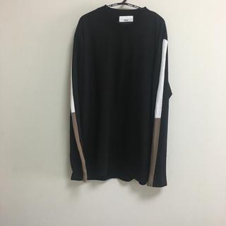 HARE - ルイス 袖ライン Tシャツ
