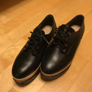 エブリン(evelyn)のevelyn 厚底フラットシューズ(ローファー/革靴)