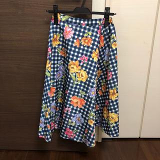 トッコ(tocco)のTOCCOの花柄スカート(ひざ丈スカート)