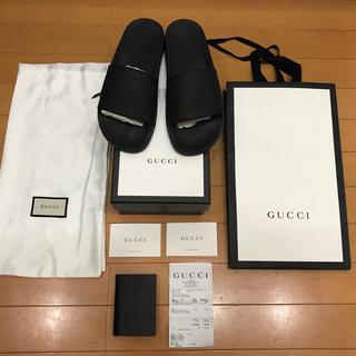 7b9a67cb07b7 グッチ(Gucci)の18AW GUCCI ロゴ ラバースライドサンダル ブラック(サンダル)