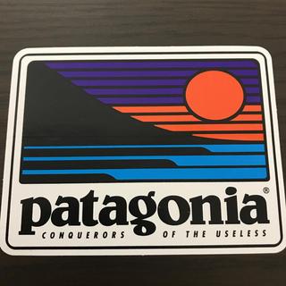 patagonia - 【縦7.9cm横10.2cm】patagonia パタゴニア   公式ステッカー