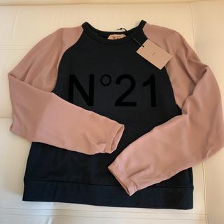 ヌメロヴェントゥーノ(N°21)のN°21 ヌメロ トレーナー スウェット ロンT(トレーナー/スウェット)