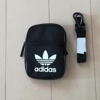アディダス(adidas)のアディダス ポーチ ブラック(ボディバッグ/ウエストポーチ)