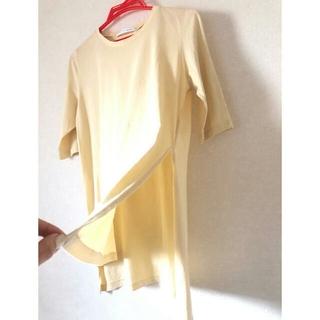 スライ(SLY)のSLY サイドスリットTシャツ(Tシャツ(半袖/袖なし))