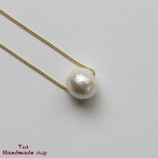 コットンパールのショートネックレス ❤ ゴールドチェーン ★ ホワイト(ネックレス)