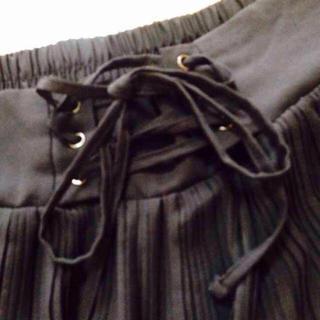 ベルメゾン(ベルメゾン)のリボン付黒スカート♡(ミニスカート)