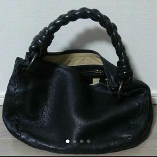 ボッテガヴェネタ(Bottega Veneta)のボッテガベネタ黒ハンドバッグ本物。(ハンドバッグ)