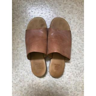 ヤエカ(YAECA)の専用 que shoes サンダル(サンダル)