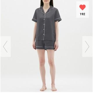 ジーユー(GU)のGU パジャマ半袖&ショートパンツ サテン(パジャマ)